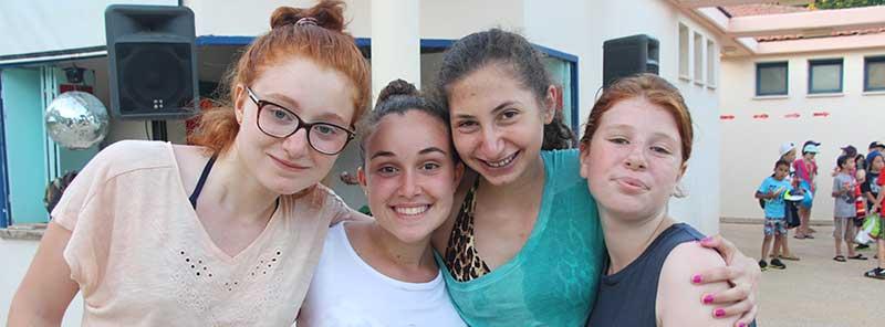 Summer school big idea girls group photo